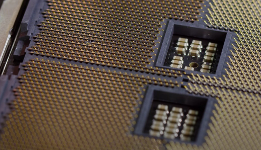 TR4 Socket; LinusTechTips
